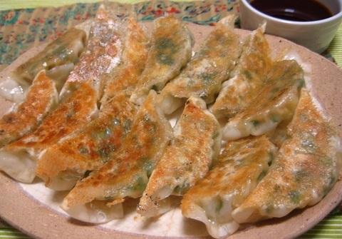 凍り豆腐のニラ餃子②.JPG