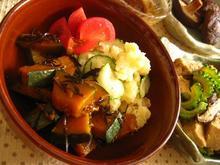 南瓜のアラメ煮・ポテトサラダ.JPG
