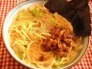 肉みそのせ豆乳べジラーメン.JPG