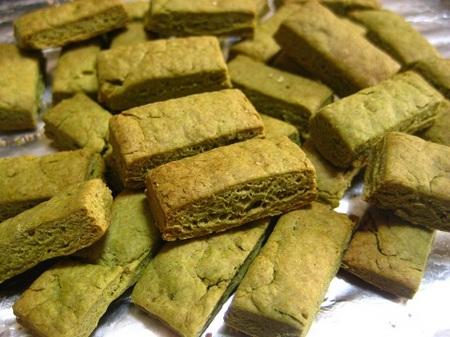 大麦若葉のクッキー.JPG