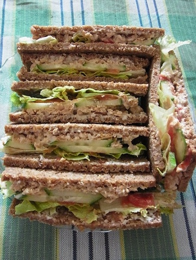 Vegan tuna sandwich.JPG